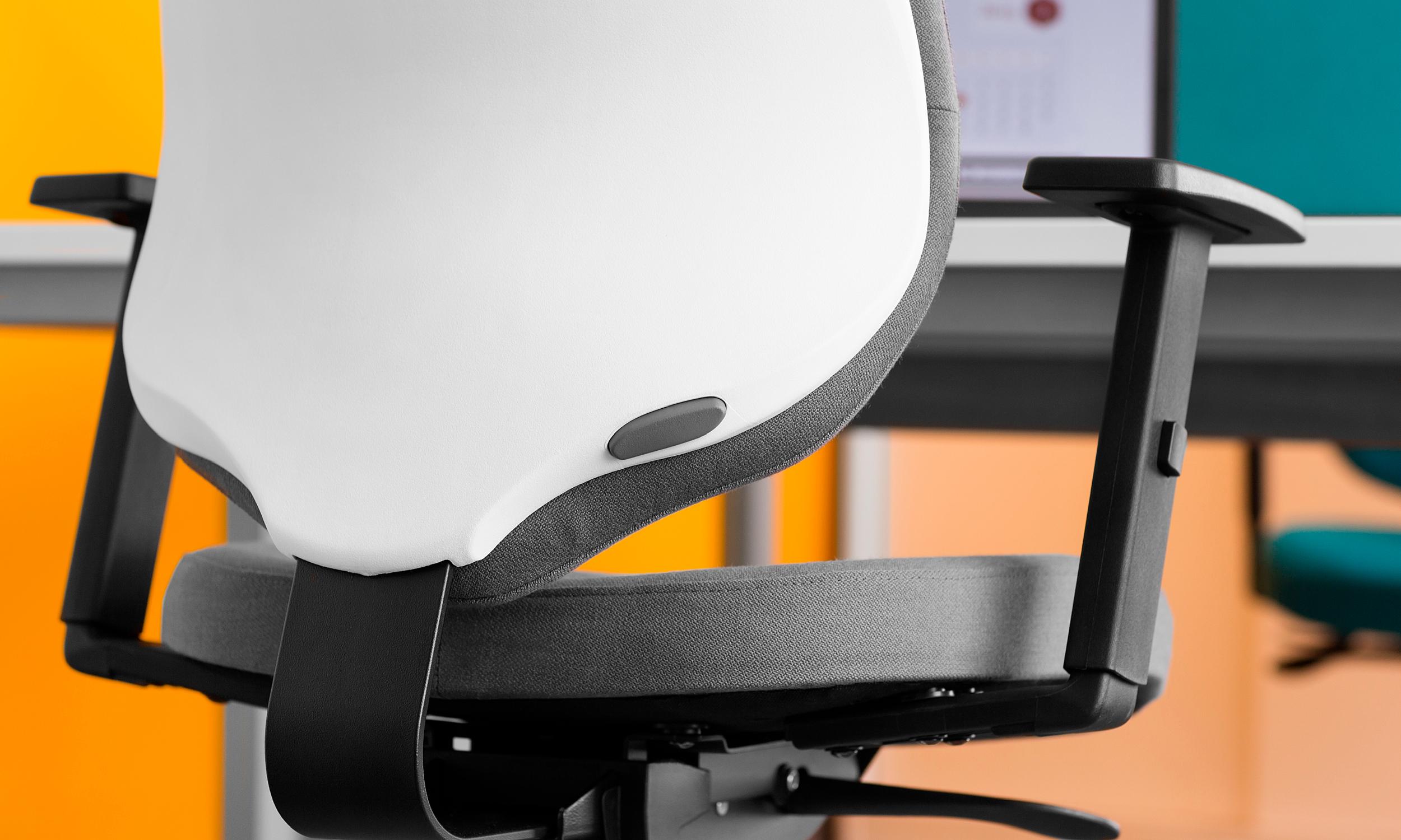 krzesło_Be-All03